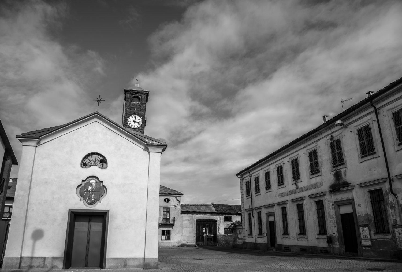 Fino al 25 agosto la Biblioteca Milani ospita la mostra fotografica di  Fabio Schirripa dedicata al quartiere Villaretto